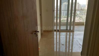 Gallery Cover Image of 2000 Sq.ft 3 BHK Apartment for rent in L And T Crescent Bay, Parel for 95000