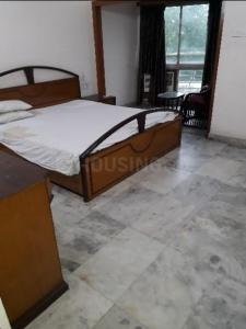 Gallery Cover Image of 1705 Sq.ft 3 BHK Apartment for rent in New Alipore for 50000