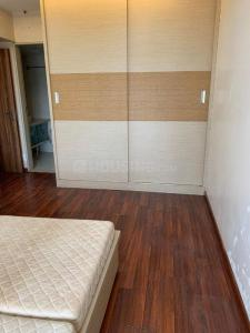 Gallery Cover Image of 1000 Sq.ft 2 BHK Apartment for rent in Venita Jamnagar Society, Juhu for 85000