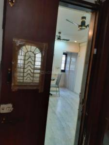 Gallery Cover Image of 340 Sq.ft 1 RK Apartment for rent in A1 CHS, Kandivali West for 20000