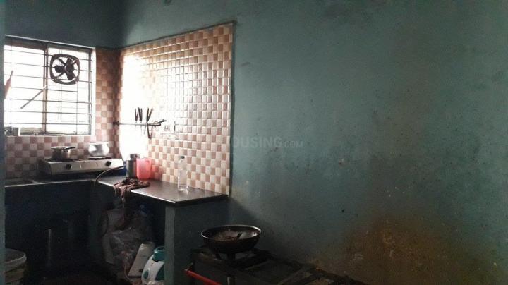 इलेक्ट्रॉनिक सिटी में श्री बालाजी पीजी के किचन की तस्वीर