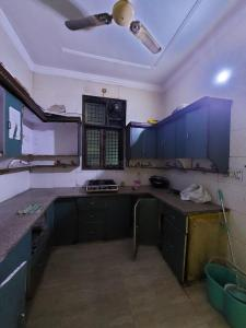 Kitchen Image of Parmountain PG in Mukherjee Nagar
