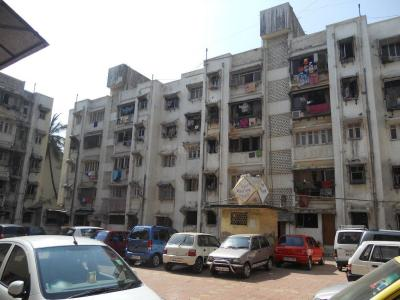 Gallery Cover Image of 360 Sq.ft 1 BHK Apartment for rent in Ghatkopar West for 18000