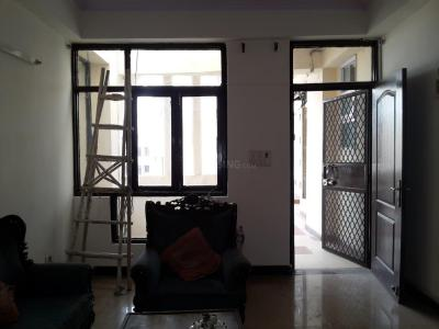 Gallery Cover Image of 1650 Sq.ft 3 BHK Apartment for rent in Vaibhav Khand for 16000