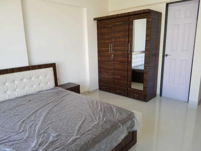 Gallery Cover Image of 980 Sq.ft 2 BHK Apartment for rent in Malad West for 31000