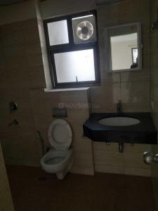 Common Bathroom Image of 3125 Sq.ft 4 BHK Apartment for buy in Godrej Frontier, Sector 80 for 16500000