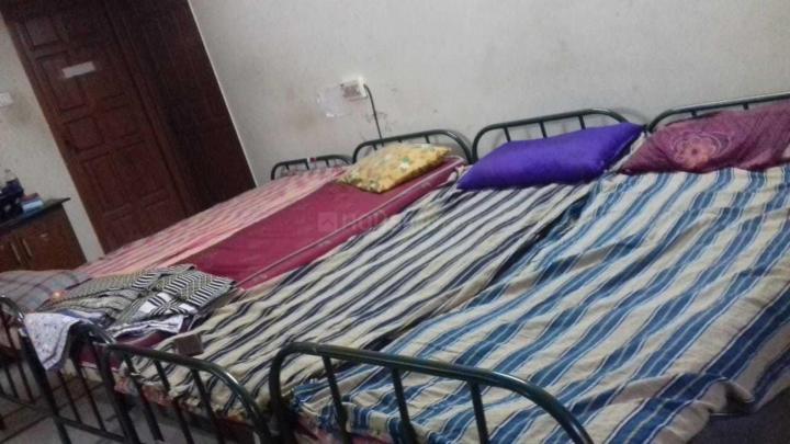 Bedroom Image of Sri Narmatha Ladies Hostel in Arumbakkam