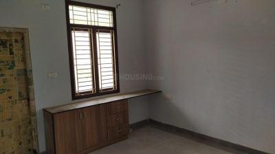 Gallery Cover Image of 2600 Sq.ft 3 BHK Apartment for rent in Sri Sai Enclave, Dargamitta for 25000