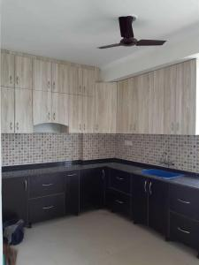 Gallery Cover Image of 1664 Sq.ft 3 BHK Apartment for rent in Sector 70 for 23000