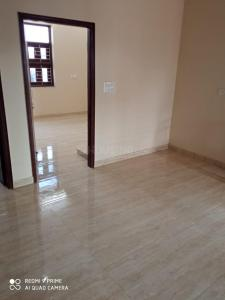Gallery Cover Image of 2150 Sq.ft 3 BHK Independent Floor for rent in Sector 10A for 18000