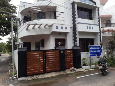 Gallery Cover Image of 1800 Sq.ft 3 BHK Independent House for buy in Injambakkam for 13000000