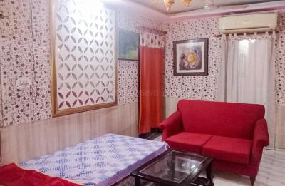 Gallery Cover Image of 1200 Sq.ft 2 BHK Independent House for rent in Rajouri Garden for 26000