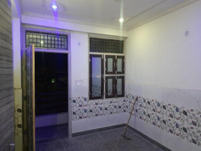 Gallery Cover Image of 900 Sq.ft 2 BHK Independent Floor for rent in Dwarka Mor for 9500