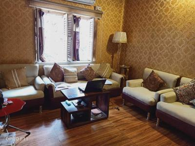 Gallery Cover Image of 1800 Sq.ft 4 BHK Apartment for buy in Phool Bagan for 9600000