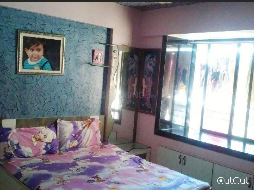 Bedroom One Image of 880 Sq.ft 2 BHK Apartment for buy in Dadar East for 199000000