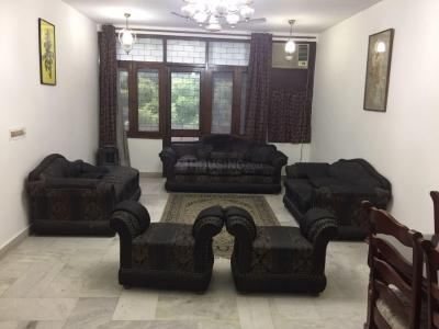Gallery Cover Image of 1000 Sq.ft 2 BHK Apartment for rent in Saket for 50000