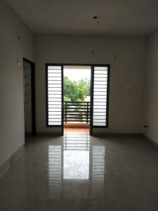 Gallery Cover Image of 863 Sq.ft 2 BHK Apartment for buy in Madhavaram for 4815000