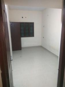 Gallery Cover Image of 620 Sq.ft 1 BHK Independent House for rent in Palavakkam for 9500