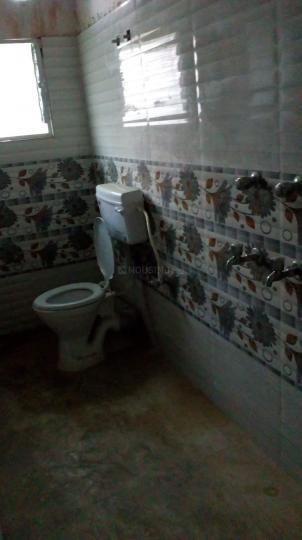 Common Bathroom Image of 450 Sq.ft 1 RK Villa for rent in Kaikhali for 5000