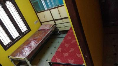 Bedroom Image of Happy Days Hostel PG in Mugalivakkam