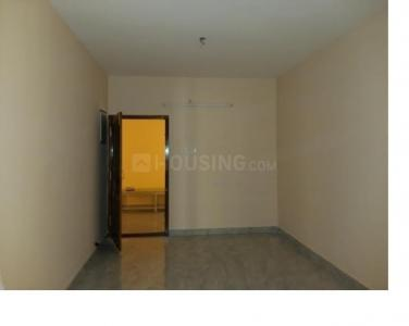 Gallery Cover Image of 863 Sq.ft 2 BHK Apartment for buy in Karthick Flats, Perumbakkam for 4034525