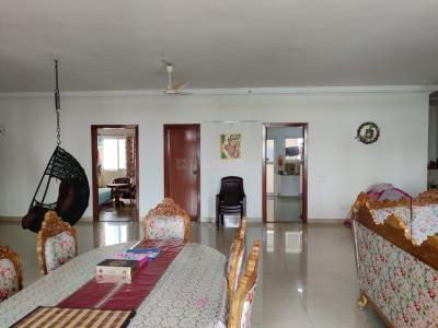 Gallery Cover Image of 1250 Sq.ft 2 BHK Apartment for rent in BM Glorietta, Whitefield for 16000