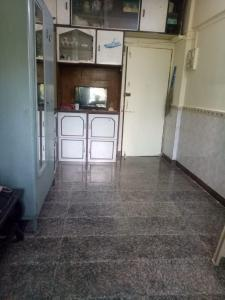 Gallery Cover Image of 270 Sq.ft 1 RK Apartment for rent in Santacruz East for 20000