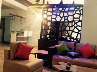 Gallery Cover Image of 2400 Sq.ft 3 BHK Apartment for buy in Royal Orchid, Prahlad Nagar for 15000000