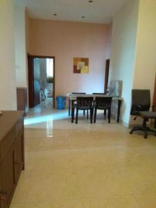Gallery Cover Image of 1500 Sq.ft 3 BHK Apartment for buy in Prabhadevi for 45000000