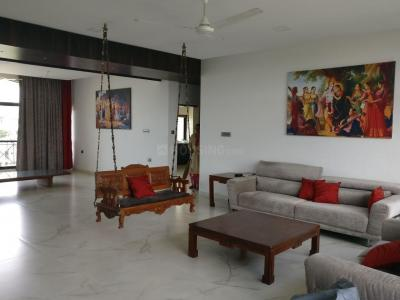 Gallery Cover Image of 2500 Sq.ft 3 BHK Apartment for buy in Uthopia, Wanwadi for 26500000