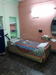 बेहाला में निलवा घोष बेहाला पीजी के बेडरूम की तस्वीर