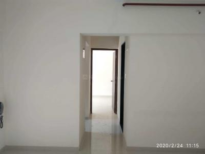 Gallery Cover Image of 580 Sq.ft 1 BHK Apartment for rent in Kasarvadavali, Thane West for 13000