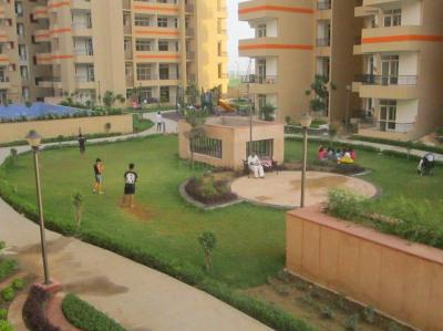Gallery Cover Image of 1595 Sq.ft 3 BHK Apartment for buy in Surajpur for 4000000