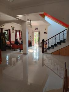 Gallery Cover Image of 3000 Sq.ft 3 BHK Villa for buy in Pinto Square, Socorro for 20000000