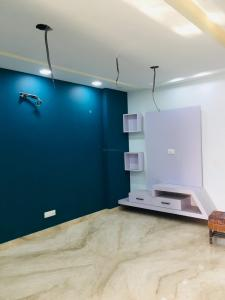 Gallery Cover Image of 1200 Sq.ft 3 BHK Independent Floor for rent in Paschim Vihar for 28000