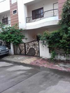 Gallery Cover Image of 1750 Sq.ft 3 BHK Independent House for buy in Rajendra Nagar for 5800000