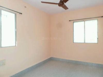 Gallery Cover Image of 600 Sq.ft 2 BHK Apartment for rent in Kandivali East for 25000