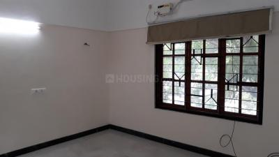 Gallery Cover Image of 850 Sq.ft 2 BHK Independent Floor for rent in Palavakkam for 15000