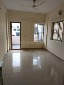 Gallery Cover Image of 1200 Sq.ft 2 BHK Apartment for rent in Vs Willows, Ulsoor for 25000