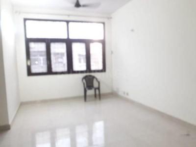 Gallery Cover Image of 1250 Sq.ft 3 BHK Apartment for rent in Vidyut Nikunj, Patparganj for 25000