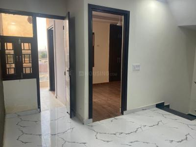Gallery Cover Image of 1050 Sq.ft 3 BHK Villa for buy in Airwil Golf Green Avenue Villa, Yeida for 3500000