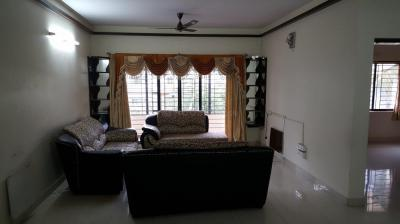 Gallery Cover Image of 1600 Sq.ft 3 BHK Apartment for rent in Bellandur for 30000