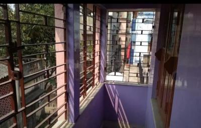 Gallery Cover Image of 745 Sq.ft 2 BHK Apartment for rent in Chinar Park for 7500