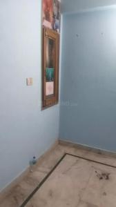 Gallery Cover Image of 400 Sq.ft 1 BHK Independent Floor for rent in Laxmi Nagar for 8500
