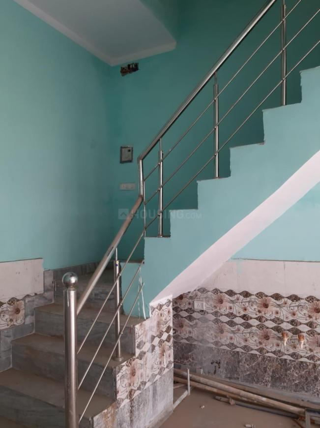 Staircase Image of 550 Sq.ft 2 BHK Independent House for buy in Jawahar Colony for 2200000