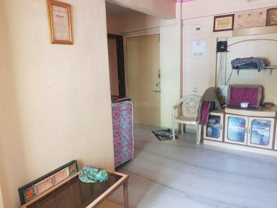 Gallery Cover Image of 900 Sq.ft 2 BHK Apartment for rent in Dahisar East for 26000