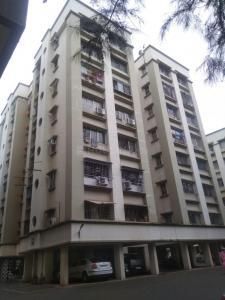 Gallery Cover Image of 1009 Sq.ft 2 BHK Apartment for rent in Kumar Girija Shankar Vihar, Kothrud for 30000