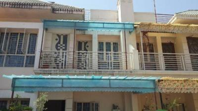 Gallery Cover Image of 840 Sq.ft 3 BHK Independent House for buy in Baghmugalia for 4000000