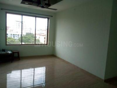 Gallery Cover Image of 950 Sq.ft 3 BHK Apartment for rent in Kalpataru Aura, Ghatkopar West for 53000