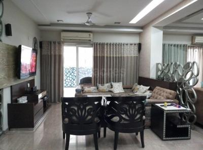Gallery Cover Image of 1685 Sq.ft 3 BHK Apartment for rent in ATS Greens Advantage, Ahinsa Khand for 35000